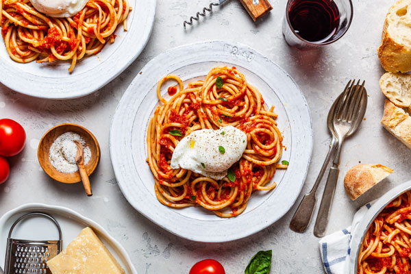 20 Minute Marinara Pasta With Poached Eggs