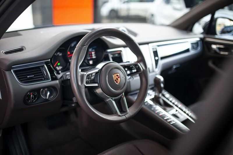 Porsche Macan 2.0 *BOSE / PASM / PDLS+ / PVTS+ / Stoel- & Stuurverwarming* afbeelding 3