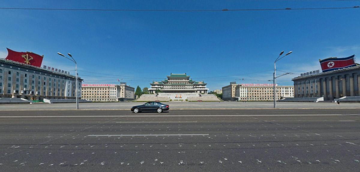 Пхеньян, площадь имени Ким ИрСена, 2015. Источник: Aram Pan, Google Street View
