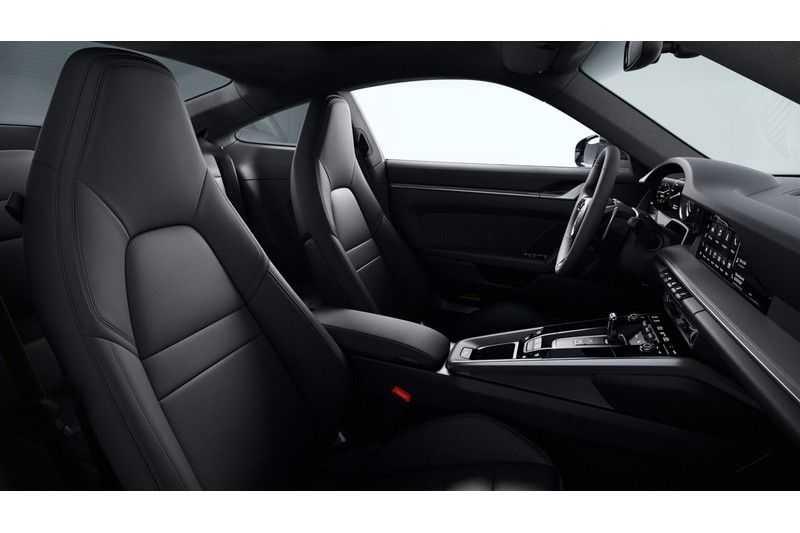 Porsche 911 992 4S Sport Chrono Sport Uitlaat Lift Nacht vision 3.0 Carrera 4 S afbeelding 3