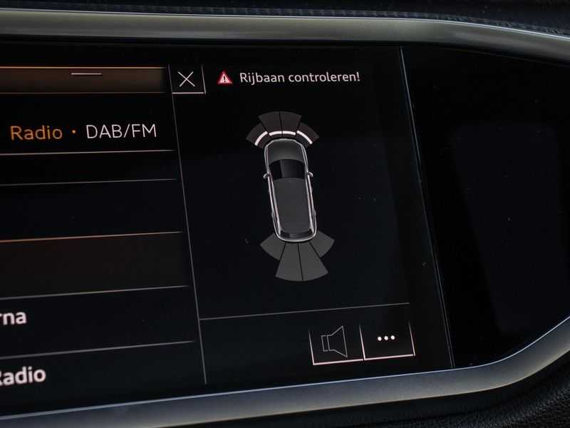 Audi Q3 40 TFSI quattro S Edition | Pano. dak | Stoelverwarming | Adaptive cruise | B&O sound | Trekhaak | afbeelding 17
