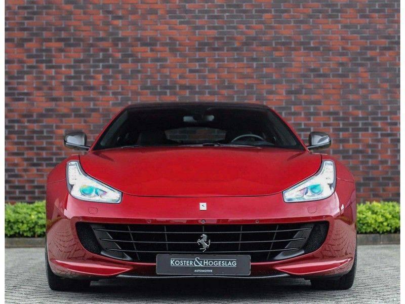 Ferrari GTC4 6.3 V12 Lusso *Panoramadak*passagiers display* afbeelding 23