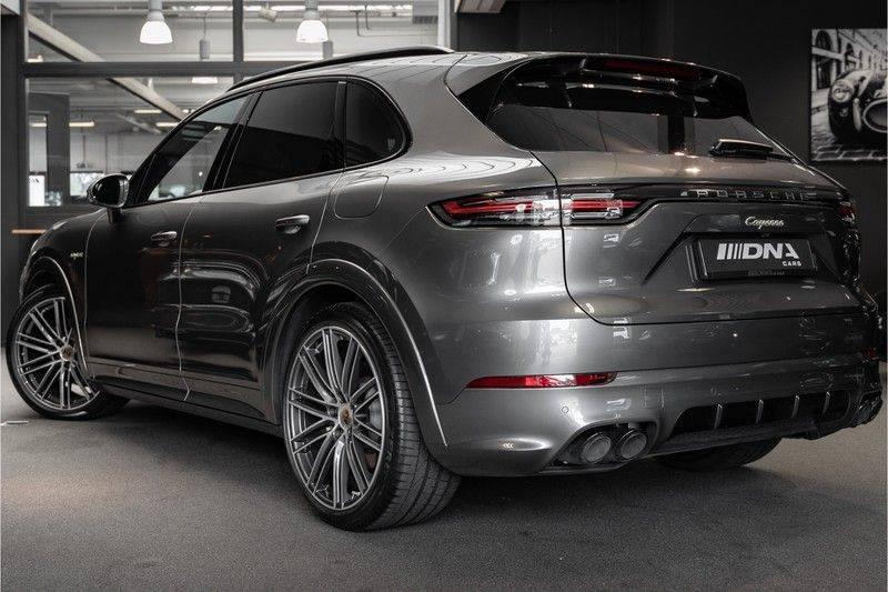 Porsche Cayenne E-Hybrid Sport Design Pakket 22 Turbo Softclose Pano Luchtvering 3.0 E-Hybrid afbeelding 2