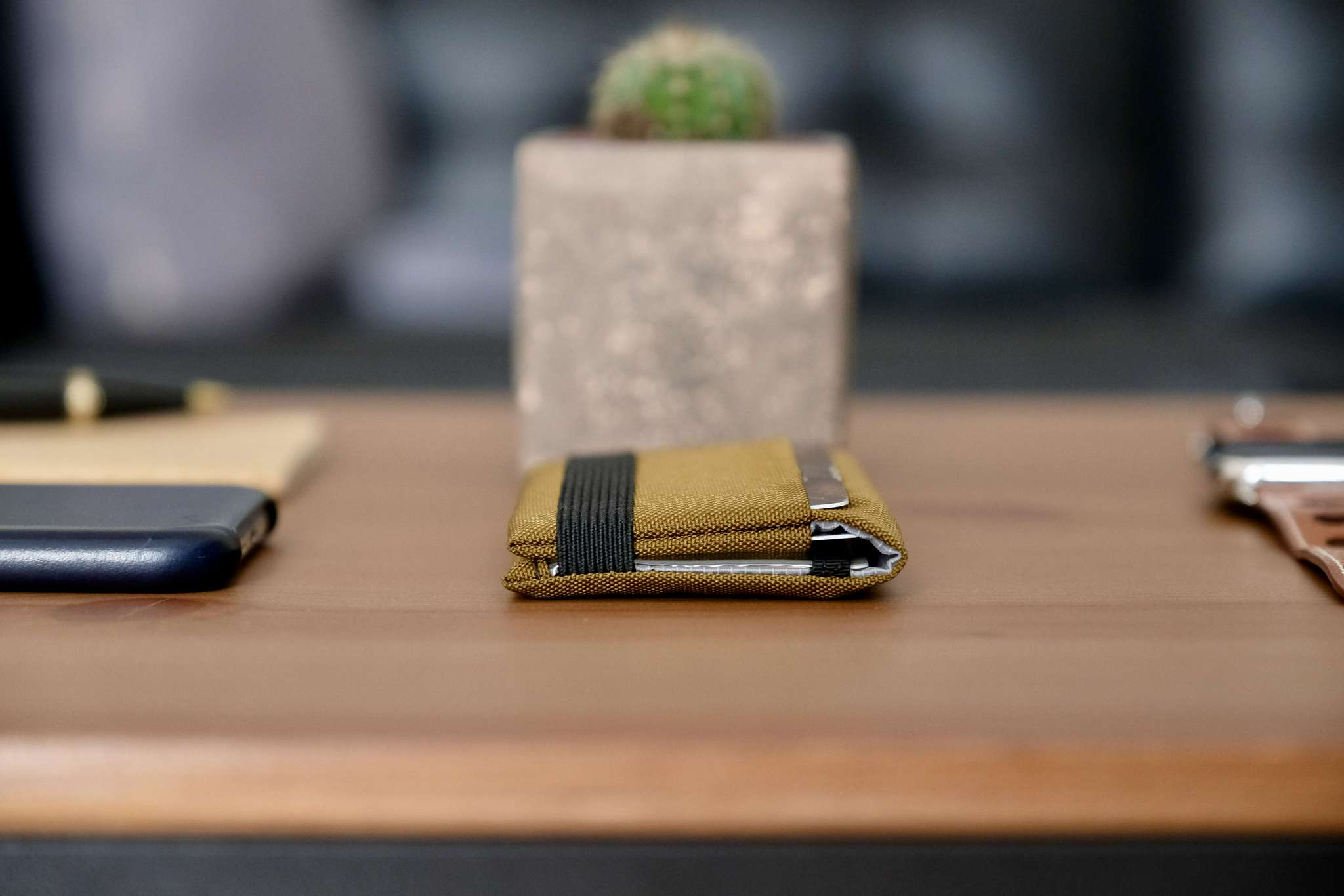 The minimalist wallet comes in multiple colors
