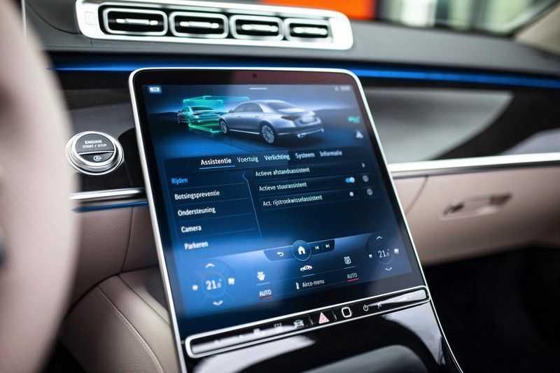 "Mercedes-Benz S-Klasse 500 4Matic Lang AMG *Pano / 3D Burmester / HUD / Distronic / 21"" / 3D Display* afbeelding 13"