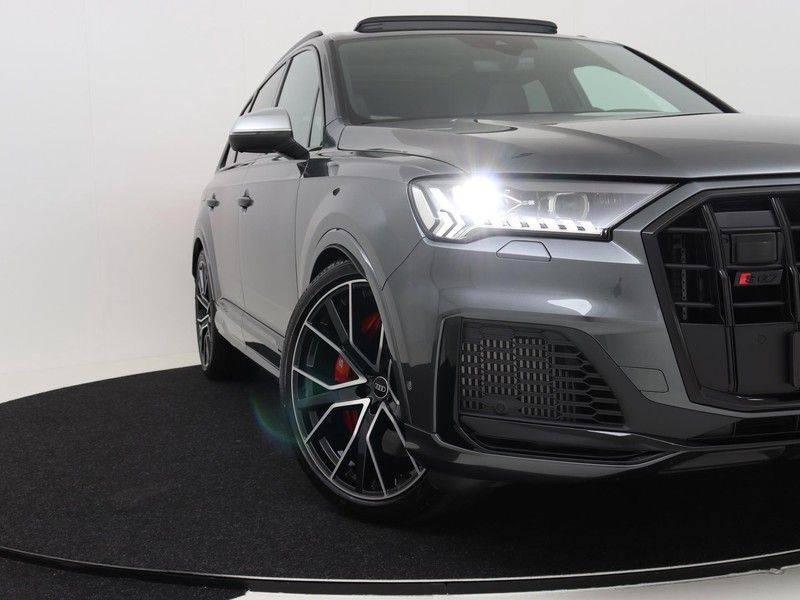 Audi Q7 4.0 TFSI SQ7 quattro 7p 507PK | S-Line | Pano.Dak | 360 Camera | B&O Sound | Keyless-Entry | S-Sportstoelen | Assistentie Tour-City-Parking | 7 Persoons afbeelding 13