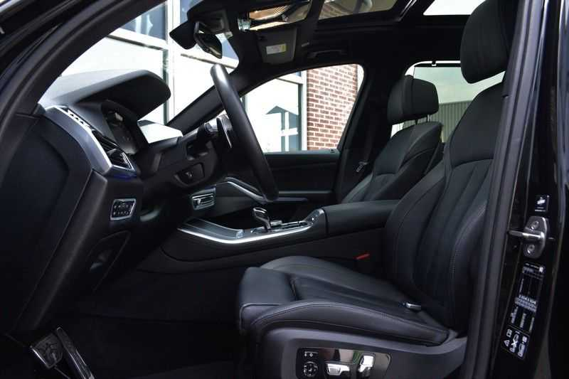 "BMW X5 M50d 400pk Skylounge Luchtv DA+ PA+ Trekh NL-auto 22"" Comfortzetels afbeelding 5"