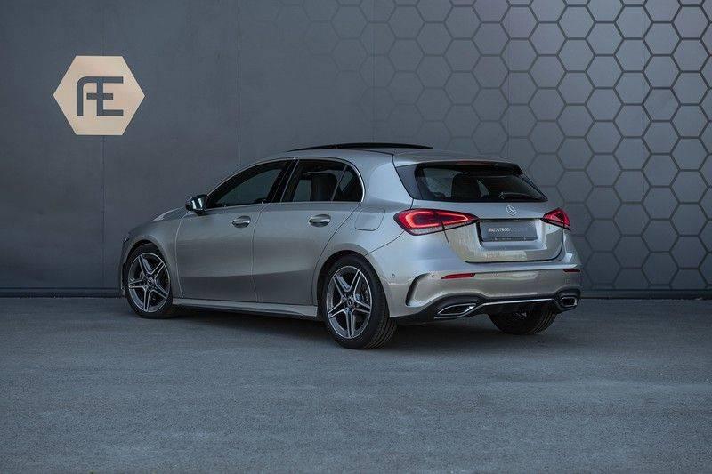 Mercedes-Benz A-Klasse 180 Business Solution AMG Panoramadak + BTW + Nieuwprijs: €43.000 afbeelding 3