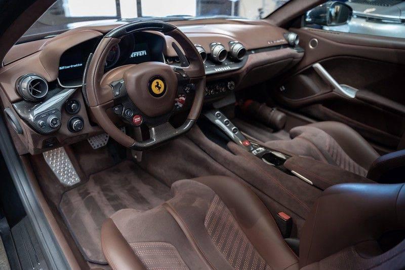 Ferrari F12 Carbon Seats Atelier 6.3 Berlinetta HELE afbeelding 13