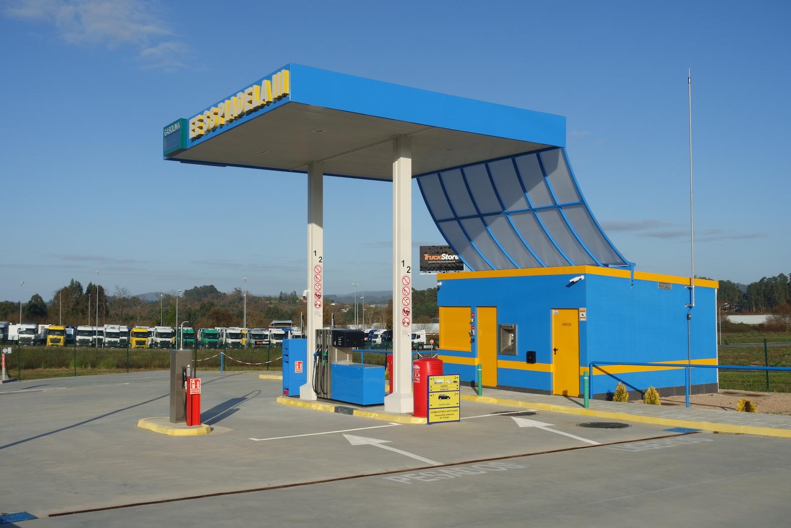 Foto de gasolinera 3