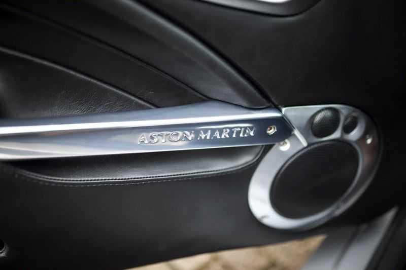 Aston Martin V12 Vanquish 5.9 *Absolute nieuwstaat!* afbeelding 11