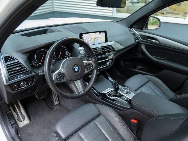 BMW X3 xDrive30i M-Sport - Trekhaak - ACC - Panorama - Head-up - Standkachel afbeelding 12