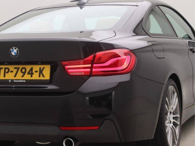 BMW 4 Serie Coupé 440i High Executive M-Sport afbeelding 24