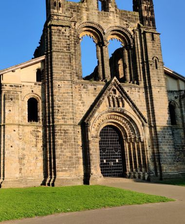 Kirkstall Abbey from the front in afternoon sunlight