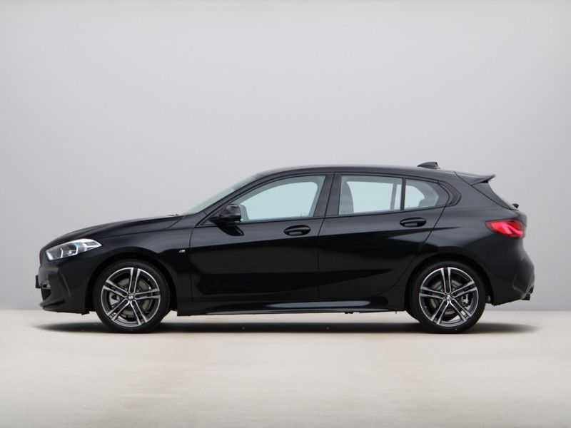 BMW 1 Serie 120i Exe Aut M-Sport 179 pk afbeelding 16