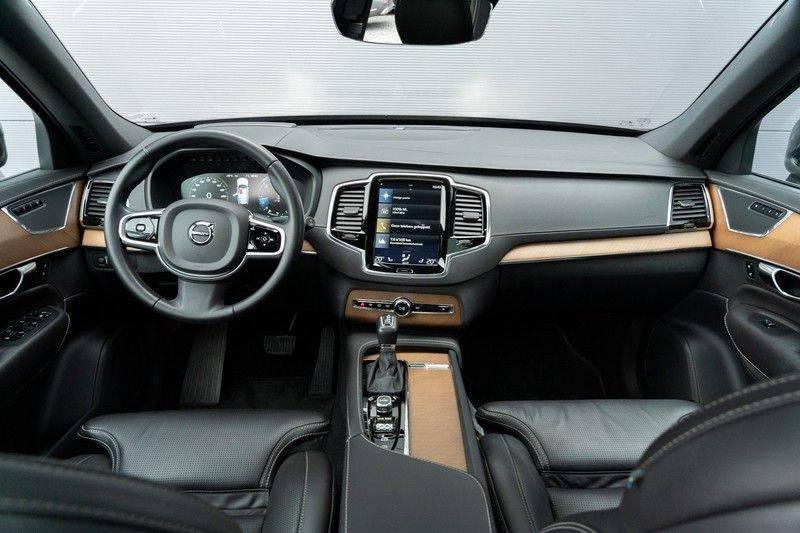 "Volvo XC90 2.0 D4 190pk AWD Inscription 7-pers. Pano Leer Camera 21"" afbeelding 2"