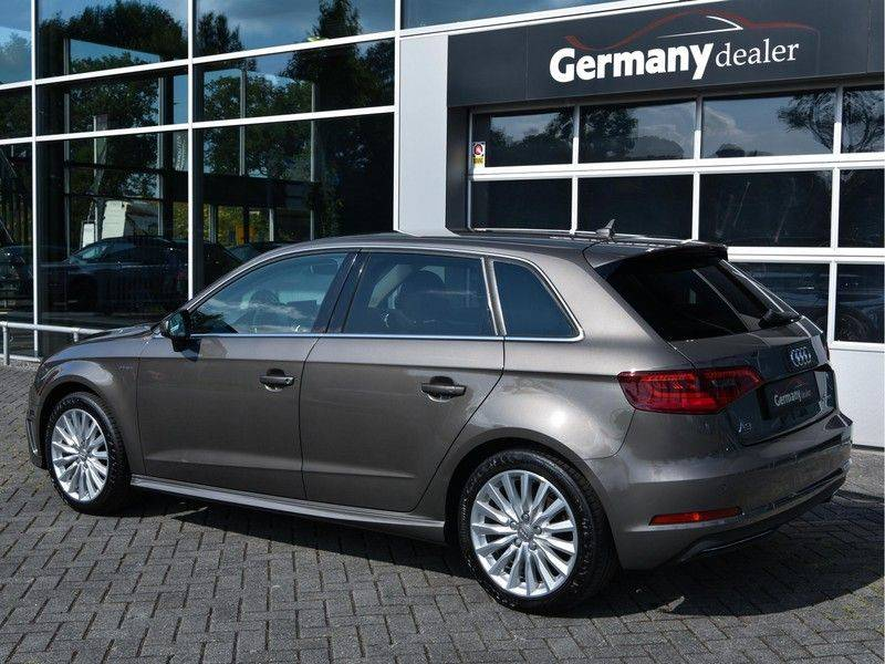 Audi A3 Sportback 1.4 e-tron PHEV Attraction Keyless 17-Inch LED 1e Eig! Clima Cruise Excl.BTW afbeelding 7