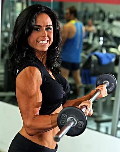 Paula Ponce