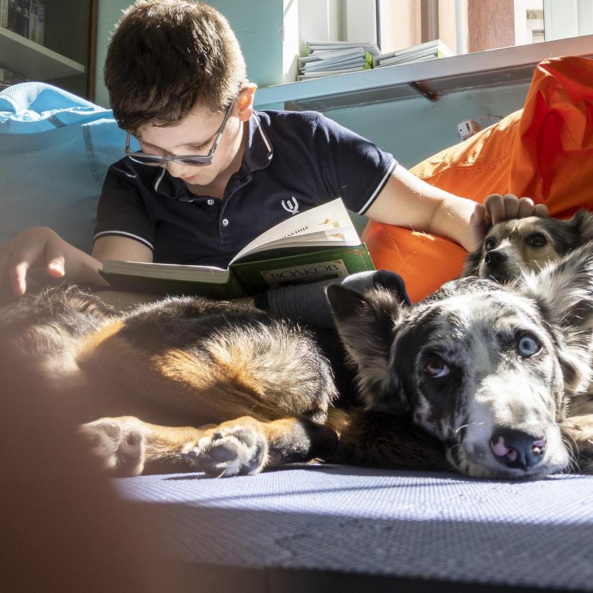 Чтение книг в «Каплях звуков». Фото: Bookmate Journal, Калининград