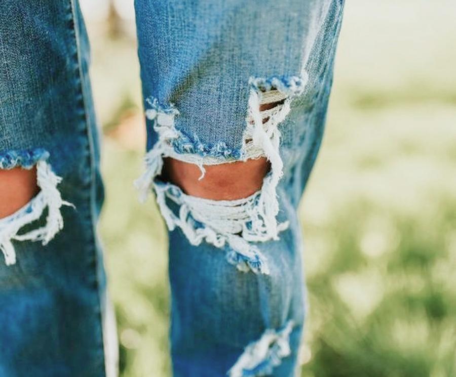 Retouche sur vos jeans abimés