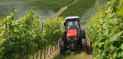 Weinbautraktoren
