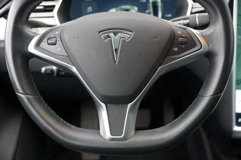"Tesla Model S 90D Base / 422 PK / Panoramadak / Luchtvering / NL-Auto / 132dkm NAP / 21"" LMV / Leder afbeelding 25"