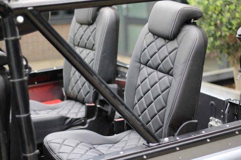 Land Rover Defender 110 Cabrio LS V8 aut. Uniek! afbeelding 12
