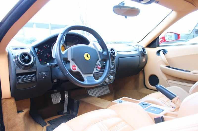 Ferrari F430 4.3 V8 F1 full ferrari history afbeelding 3