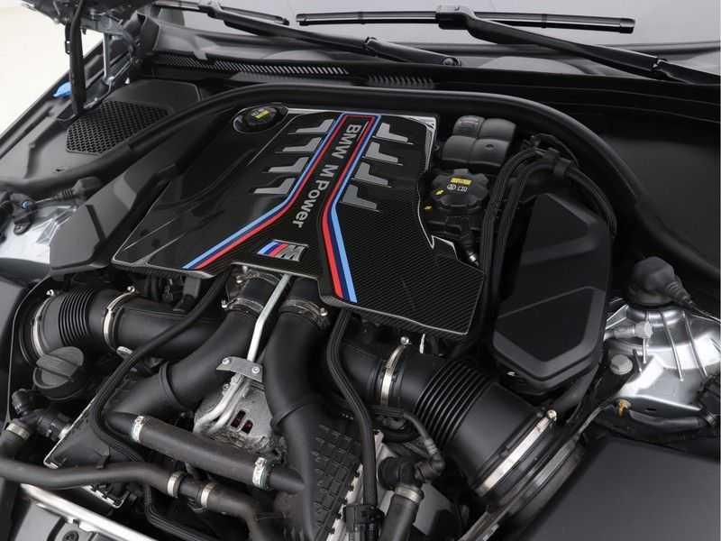 BMW M5 Individual Pure Metal Silver Nw Prijs €. 205.148.- afbeelding 3