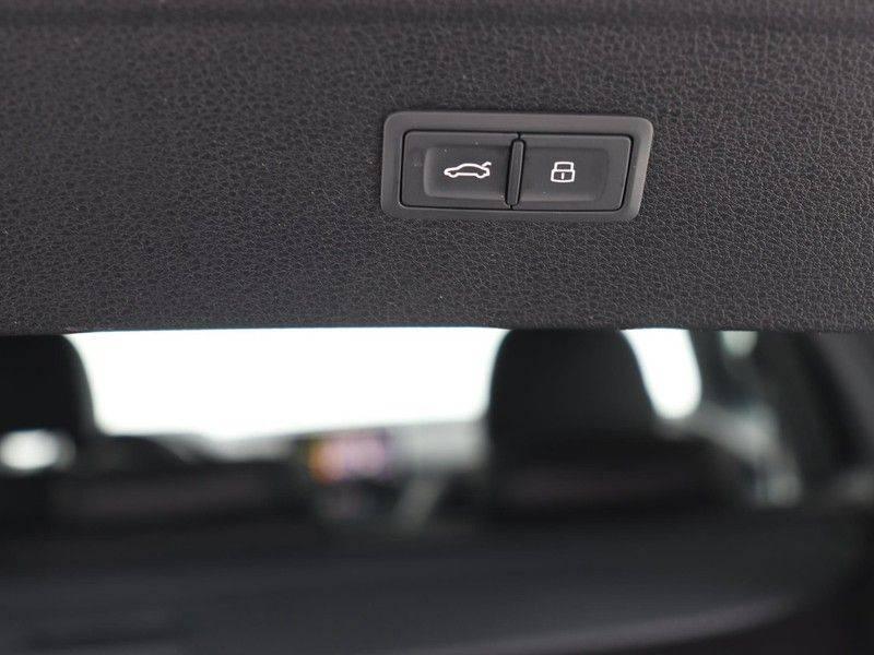 Audi Q5 50 TFSI e 299 pk quattro S edition   S-Line  Matrix LED koplampen   Assistentiepakket City/Parking   360* Camera   Trekhaak wegklapbaar   Elektrisch verstelbare/verwambare voorstoelen   Verlengde fabrieksgarantie afbeelding 23