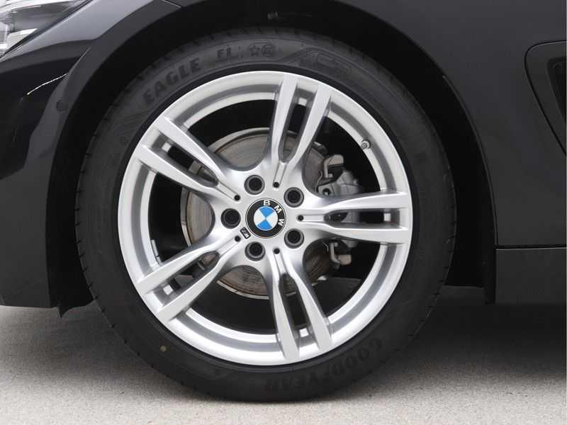 BMW 4 Serie Gran Coupé 418i High Executive M-Sport Automaat afbeelding 19