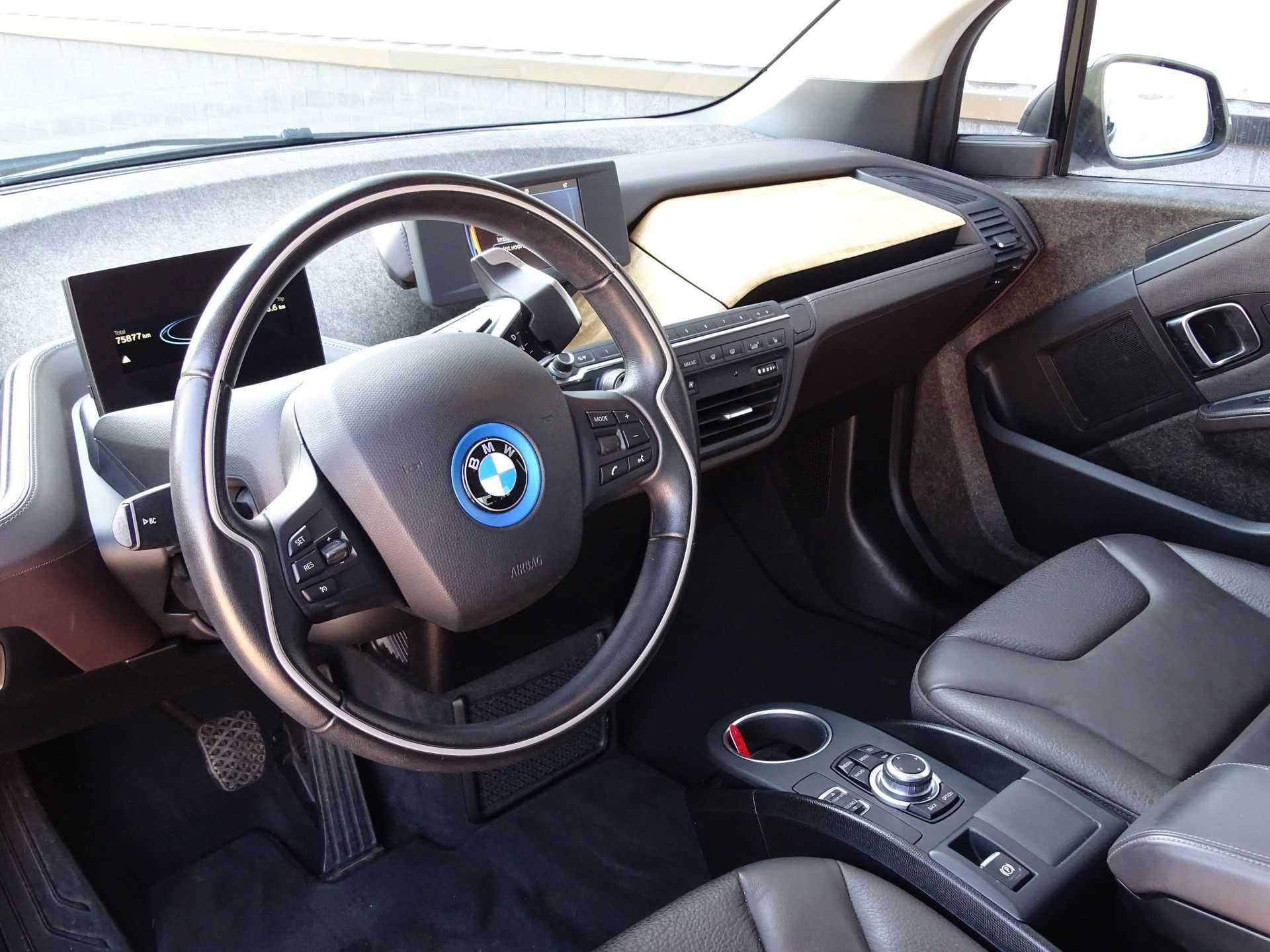 BMW i3 Basis Comfort Advance 22 kWh Marge Warmtepomp Navigatie Clima Cruise Panorama afbeelding 14