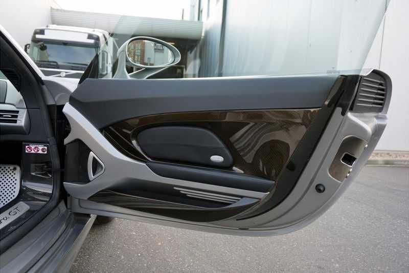 Porsche Carrera GT 5.7 V10 1 of 1.270 afbeelding 13