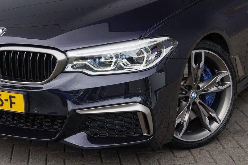 """BMW 5 Serie M550d X-Drive M-Pakket Shadow B&W Camera 360° Massage 20"""" afbeelding 15"""