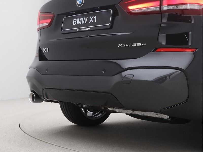 BMW X1 xDrive25e eDrive Edition M-Sport afbeelding 17