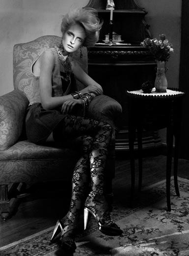 Elisabetta Cavatorta Stylist - Stratis & Beva - EM magazine
