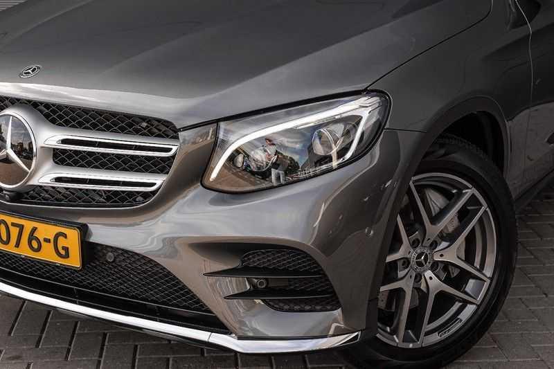 Mercedes-Benz GLC 250 4MATIC Sport Edition AMG Pano Trekhaak Camera 360° afbeelding 19