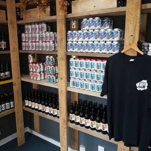 Shop is looking sweeet! Come and get yourself some cans for the bank holiday. Set to be a scorcher so come and make your own 6 pack of 330ml cans 😎