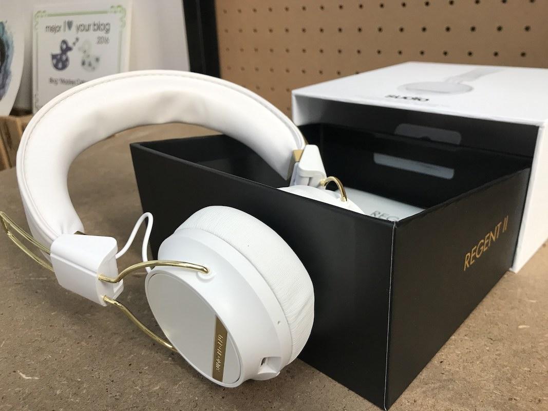 auriculares de casco sudio