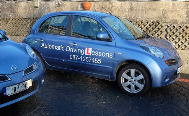 Automatic Driving Lesson Car
