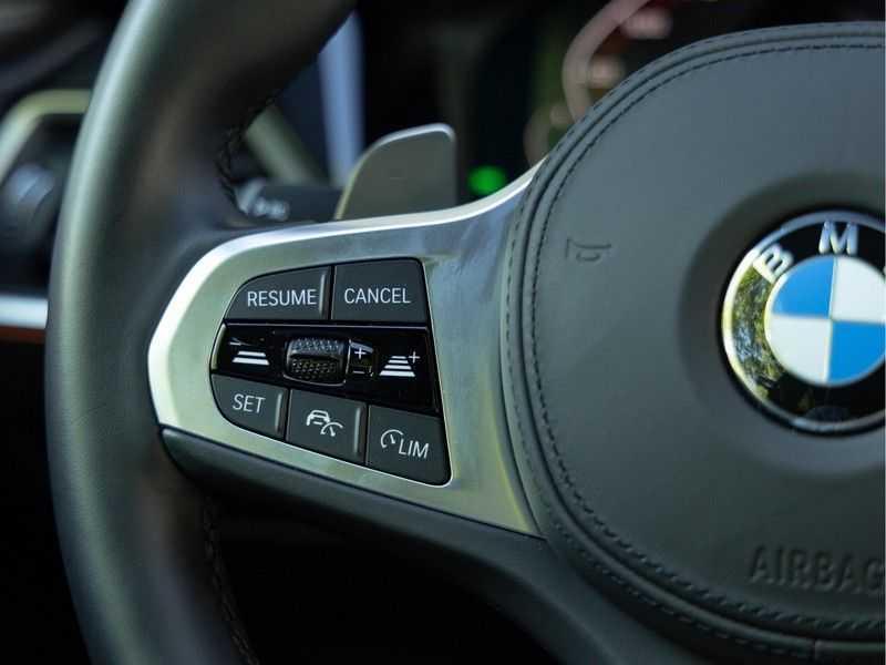 BMW 4 Serie Coupé M440i xDrive - High Executive - Dak - ACC - Harman Kardon afbeelding 24