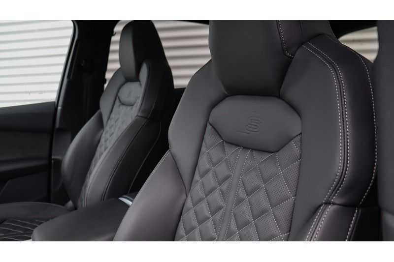 Audi SQ7 4.0 TDI 435pk quattro 7p Panoramadak, BOSE, Massage, Ruitstiksel, Trekhaak afbeelding 15