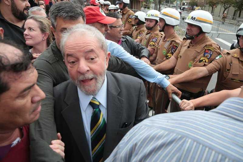 """Lava Jato sobre Lula: """"Dá pra gritar gol quando ele se ferrar?"""""""