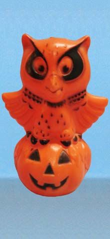 Owl Pumpkin Lamp photo