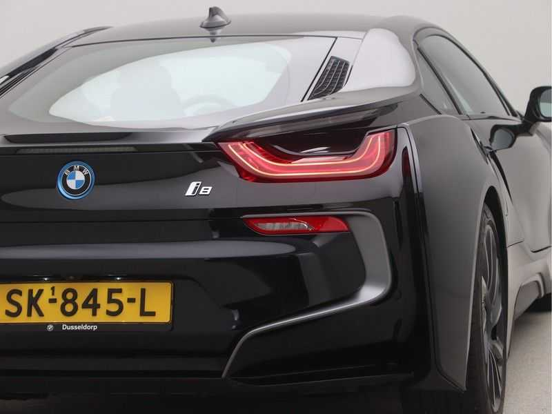 BMW i8 Coupe 1.5 Carbon Edition afbeelding 23