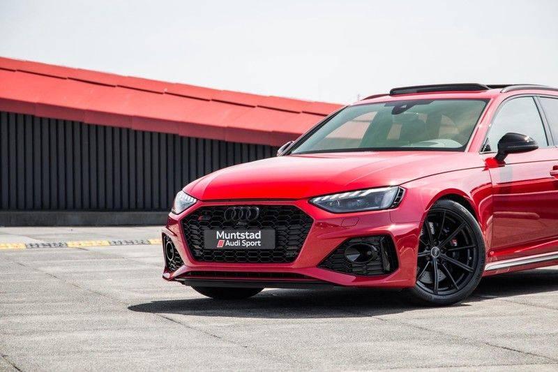 Audi RS4 Avant 2.9 TFSI quattro   450PK   Sportonderstel Plus   Panoramadak   Inleg Carbon   B&O   Sportdifferentieel   Head-up afbeelding 7