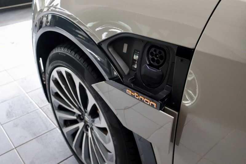 Audi e-tron 55 Quattro Advanced Pro 2X S-Line HUD Siambeig EX BTW afbeelding 2