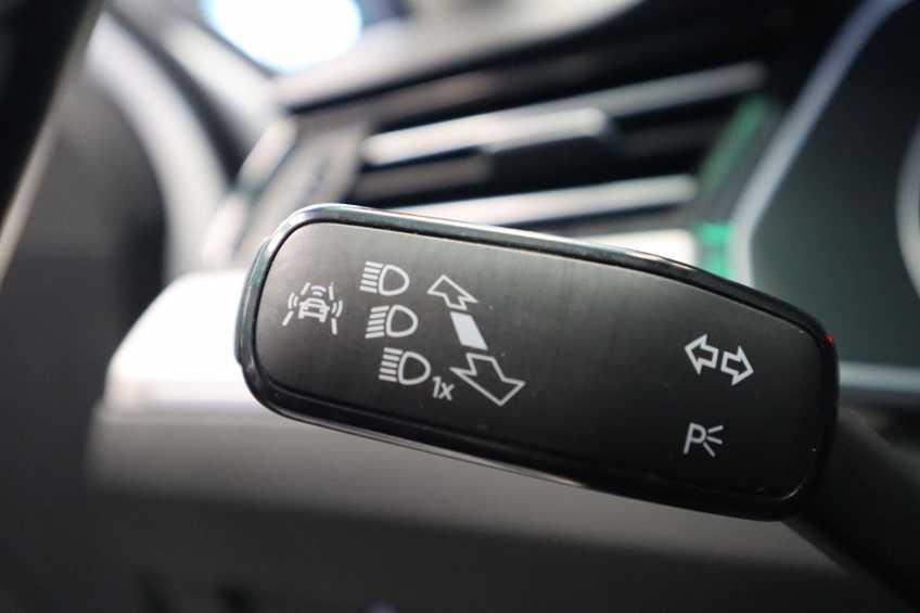 "Volkswagen Passat Variant 1.4 TSI GTE Highline Ex BTW! AD Cruise LED Leder 360 Camera HUD 20""LM afbeelding 2"