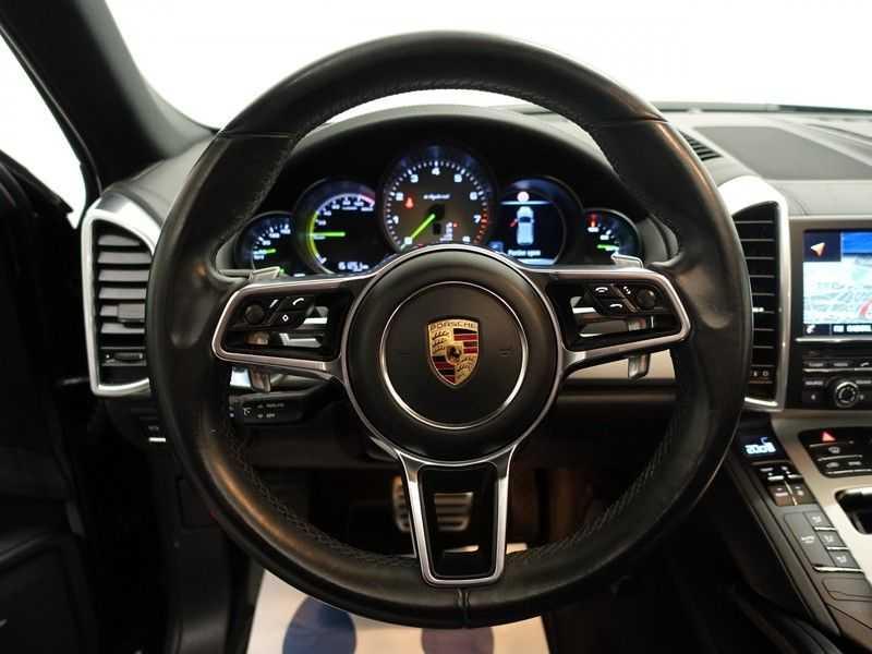 Porsche Cayenne 3.0 S E-Hybrid Sport Chrono 334pk Autom- Panodak, Bose, Leer, Camera, Navi afbeelding 5