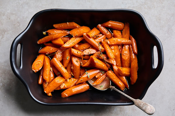 Brown Butter Garlic Maple Roasted Carrots